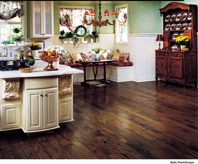 Laminate Flooing Ideas traditional-kitchen