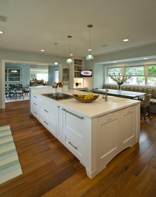 Lanikai blue tropical kitchen hawaii by for Archipelago hawaii luxury home designs
