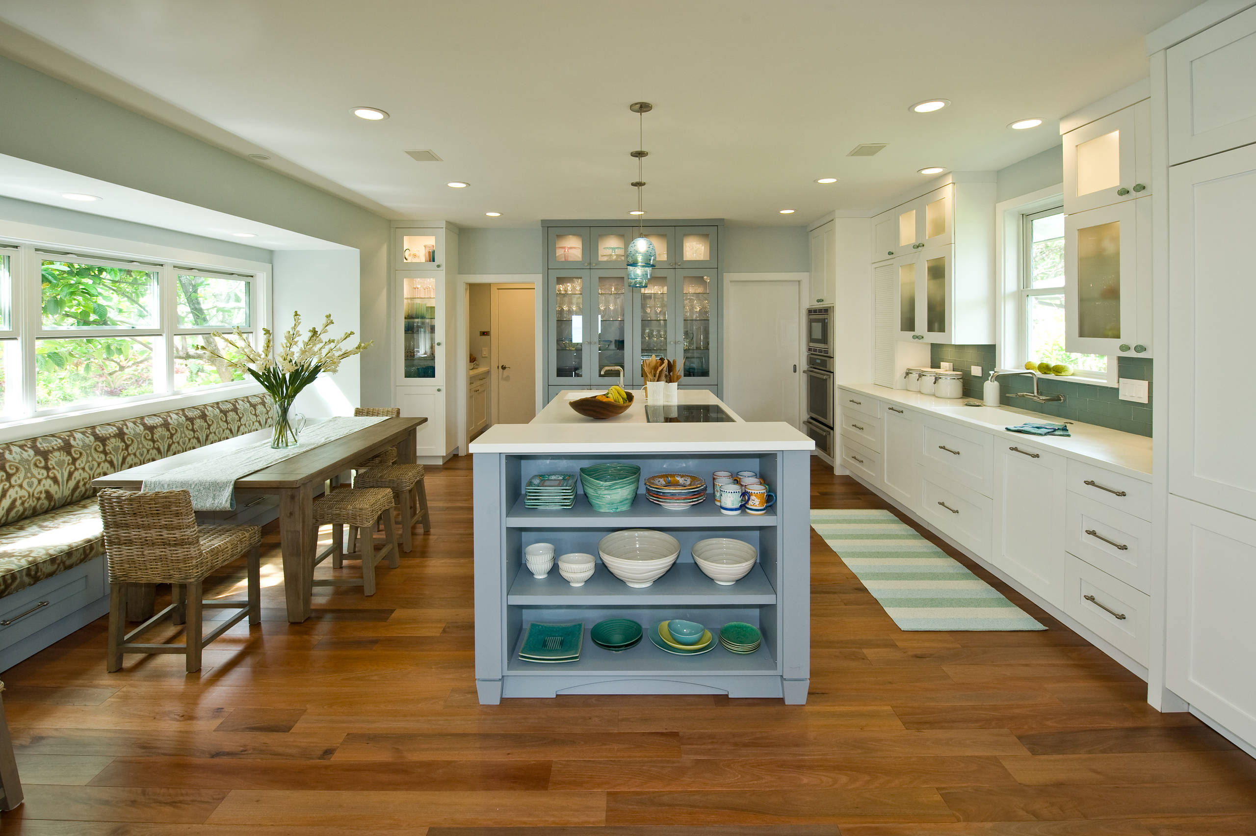75 Beautiful Tropical Kitchen Pictures Ideas July 2021 Houzz