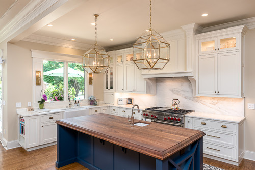 Two-tone kitchen countertops