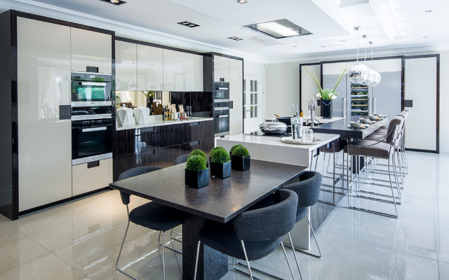 Large Family House Contemporary Kitchen Berkshire By Lida Cucina