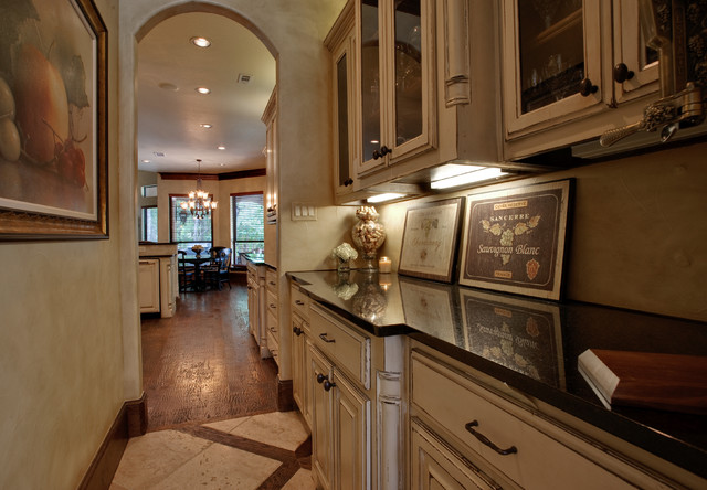 Large functional Butlers Pantry with lots of storage - Traditional - Kitchen - dallas - by ...