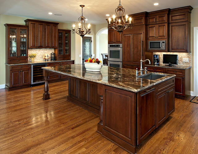Large island, ovens, wine cooler - Kitchen - minneapolis - by Ehlen ...