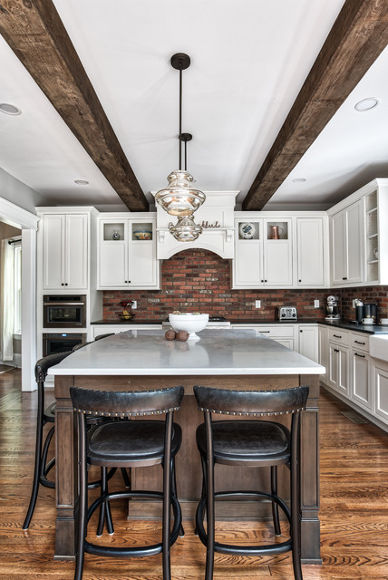 Large Kitchen Island With A View Of The Stove Farmhouse