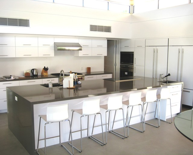 Large Kitchen With Huge Island Modern Kitchen Los