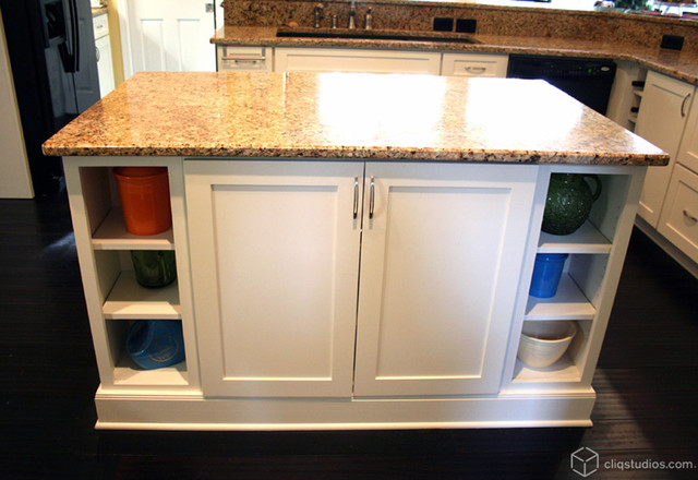 Large mission style white kitchen contemporary kitchen for White mission style kitchen cabinets