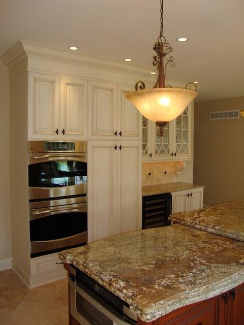 large 2 level island kitchen traditional-kitchen