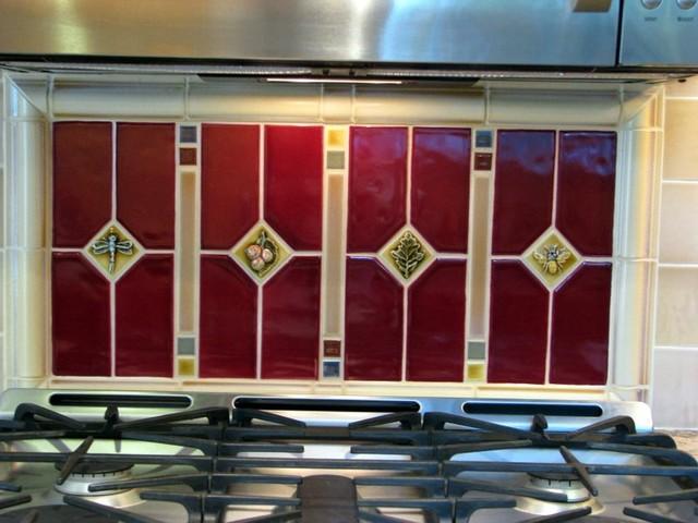 Larsen Kitchen traditional-kitchen