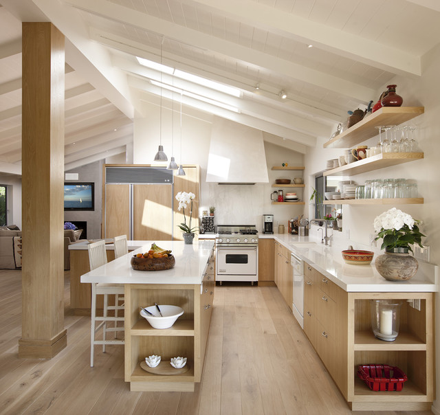 Mid Sized Trendy L Shaped Light Wood Floor And Beige Open Concept Kitchen
