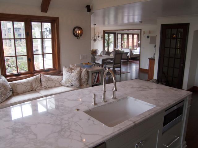 Pentalquartz quartz amp calacatta apuano marble traditional kitchen