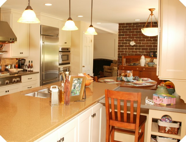 Laundry Room, Bars and other traditional-kitchen