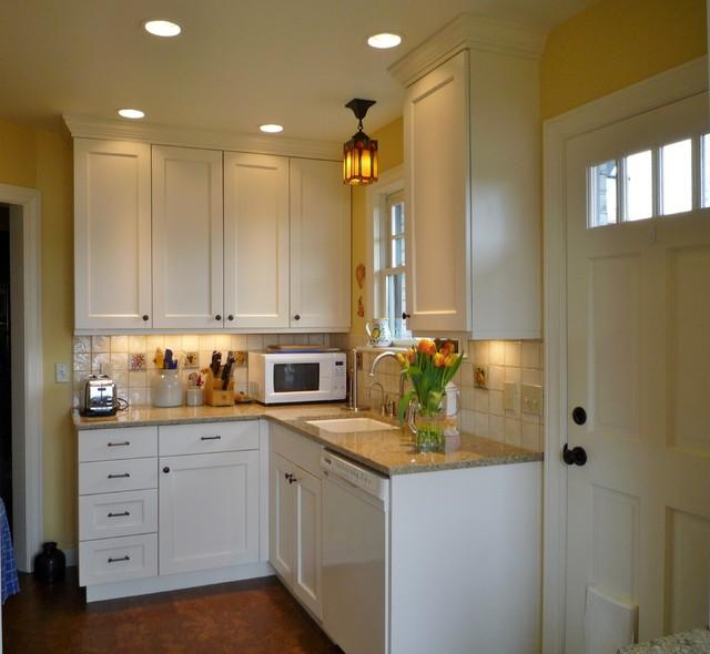 Laurelhurst Home traditional-kitchen