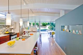 Laurelhurst House midcentury-kitchen