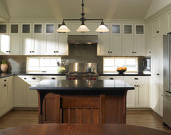 Laurelhurst Kitchen traditional kitchen