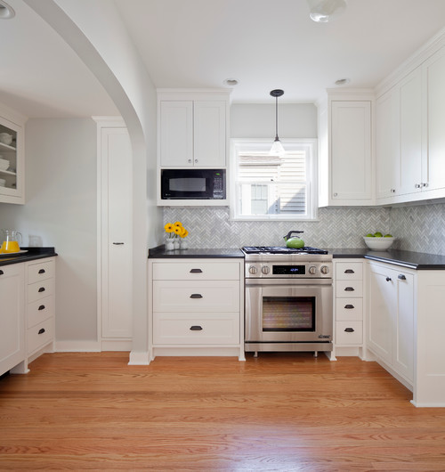 White And Grey Traditional Kitchen tricks for choosing the best white paint color