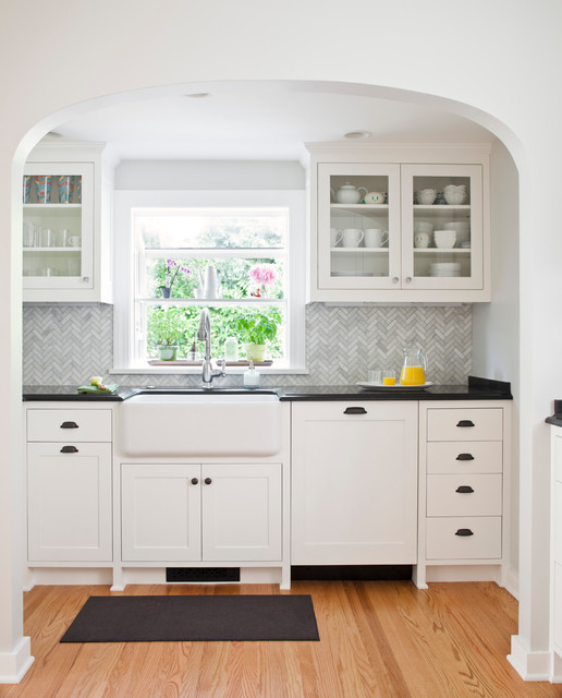 Kitchen Cabinets In Seattle: Traditional