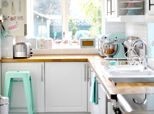 eclectic kitchen Pretty in Pastels