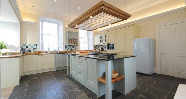 Lawfield Farmhouse farmhouse-kitchen