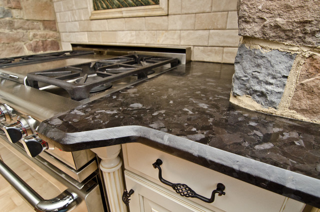 Leathered Antique Brown Granite And River Valley In Vienna Va Traditional Kitchen