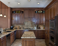 Leesburg Traditional Kitchen - Island traditional kitchen