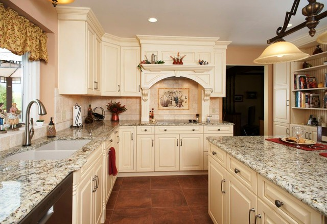 French Vanilla Kitchen - Traditional - Kitchen - philadelphia - by Morris Black Designs