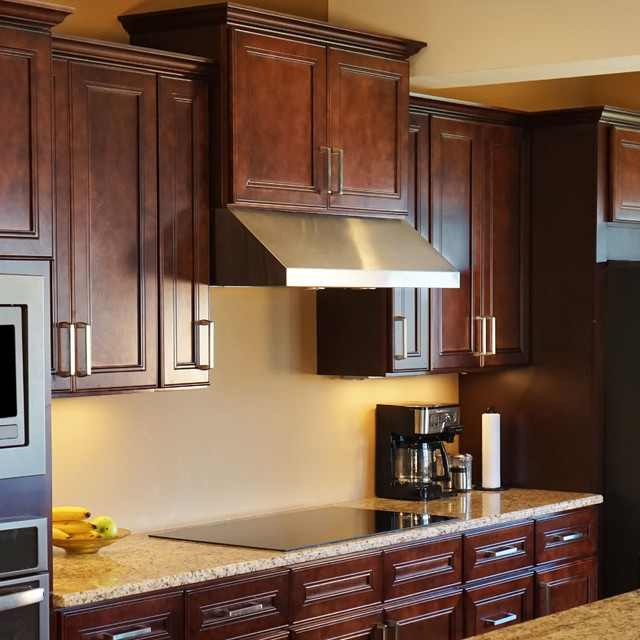 Mahogany Kitchen Cabinets W Soft Close By Everyday Cabinets Kitchen