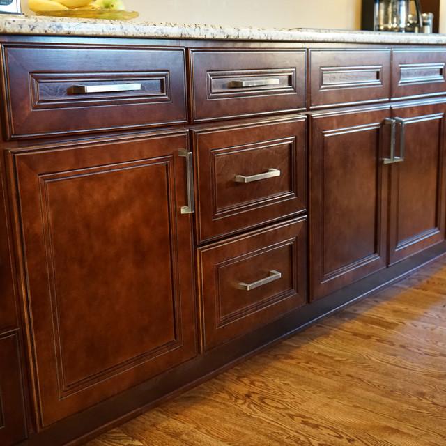 Leo saddle cherry mahogany kitchen cabinets w soft close for Cherry mahogany kitchen cabinets
