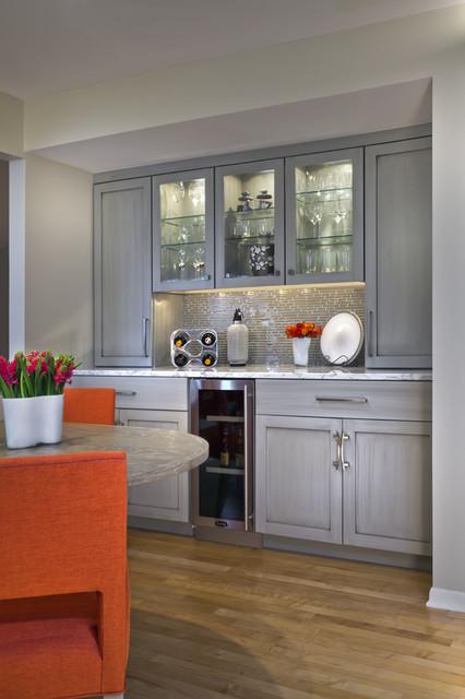 Leslie Meyers contemporary-kitchen