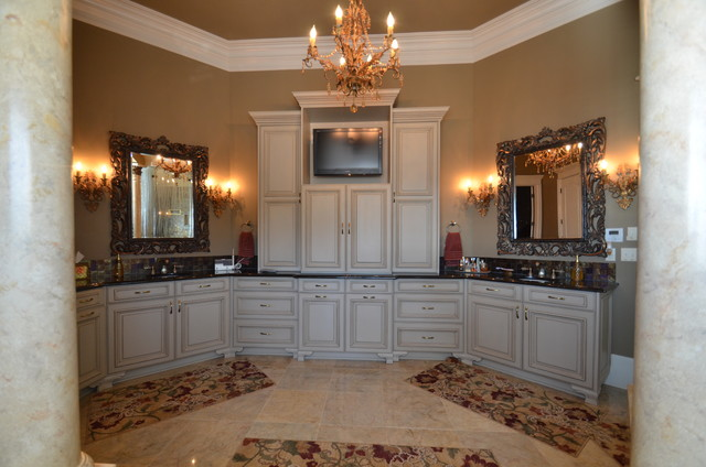 Lewisburg Home traditional-kitchen