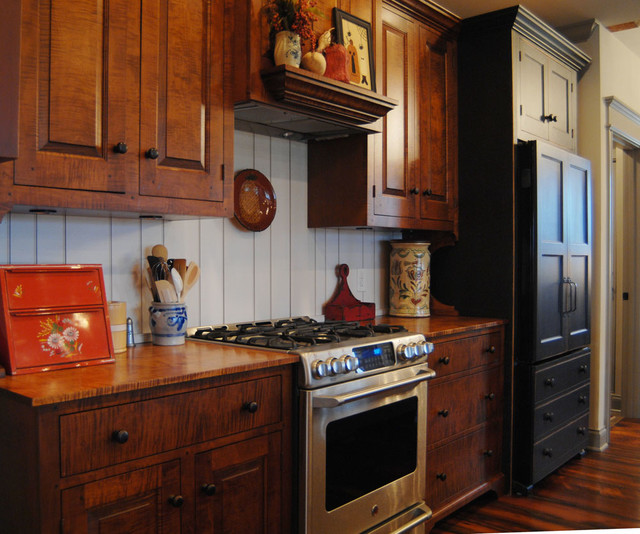Lexington Kentucky Traditional Curly Maple Painted Kitchen Traditional Kitchen