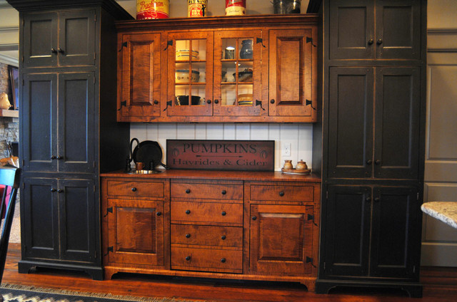 Lexington Kentucky- Traditional Curly Maple - Painted Kitchen