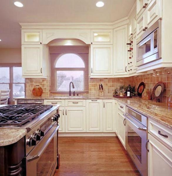 Liberty Kitchen By Design Connection, Inc. | Kansas City Interior Design traditional-kitchen