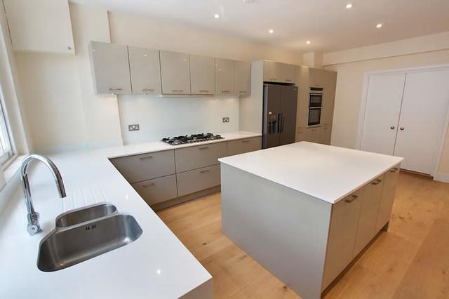 Light grey kitchen - Modern - Kitchen - London - by LWK Kitchens London
