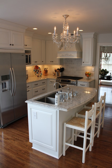 Likens Job, - traditional - kitchen - louisville - by Southern