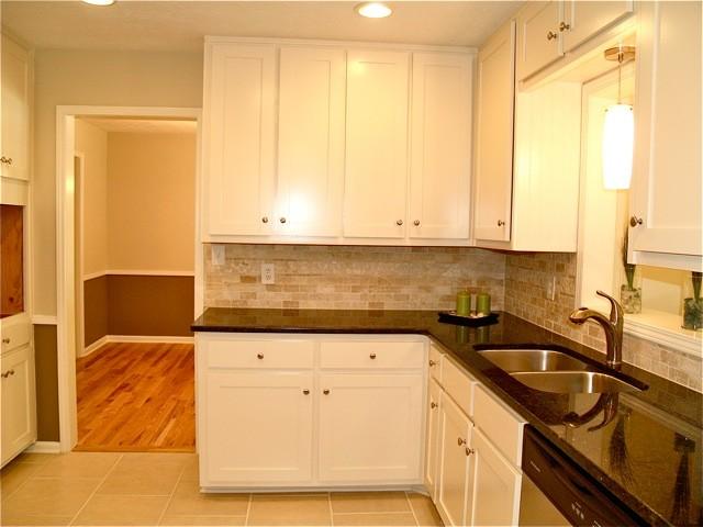 Lilburn Renovation traditional-kitchen