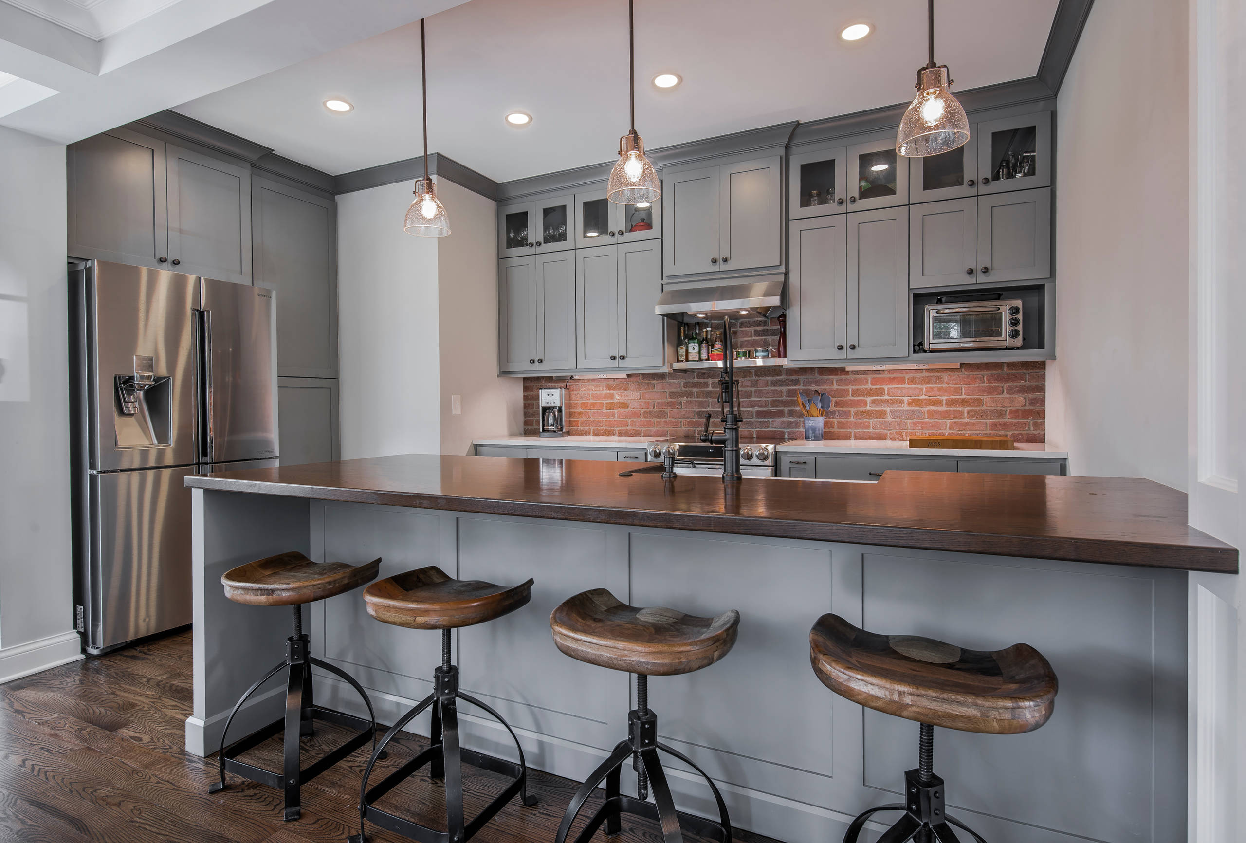 75 Beautiful Kitchen With Gray Cabinets And Red Backsplash Pictures Ideas June 2021 Houzz