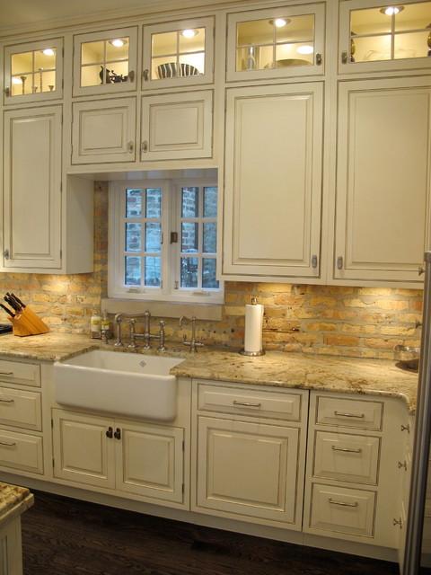 Lincoln park chicago kitchen with brick backsplash dresner design traditional kitchen - Chicago kitchen design ...