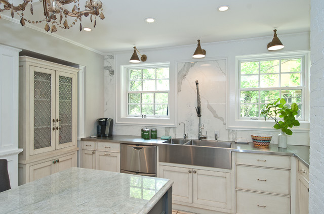 Beautiful Linden Ave. Home Renovation Traditional Kitchen