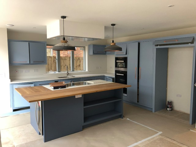 Linersh Wood, Surrey contemporary-kitchen