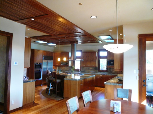 LisaLeo designs asian-kitchen