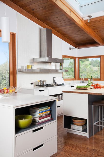 Little Big House  Midcentury  Kitchen  San Francisco. Kitchen Chairs Tesco. Kitchen Yellow Cabinets. Kitchen Backsplash Oak Cabinets. Kitchenaid Experience. Kitchen Storage Kitchen Organizers. Grey Kitchen Accent Colors. Kitchen Chairs On Hardwood Floor. Kitchen Tile Glass