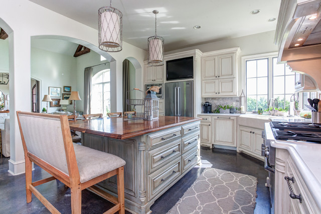 Little Rock Custom Homefarmhouse Kitchen