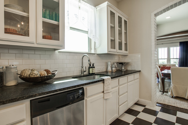 Live Oak Creek Model Home Kitchen Dallas By Clarity Homes