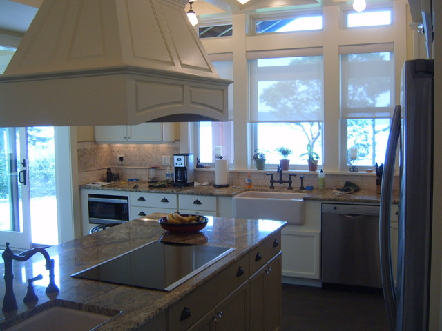 Lodahl Residence traditional-kitchen
