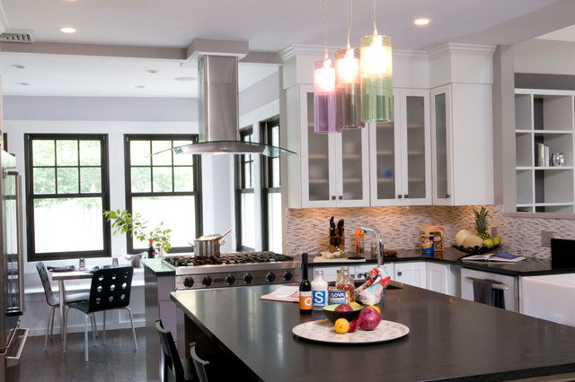 Loft style kitchen in the suburbs transitional kitchen for Interior decoration new york style