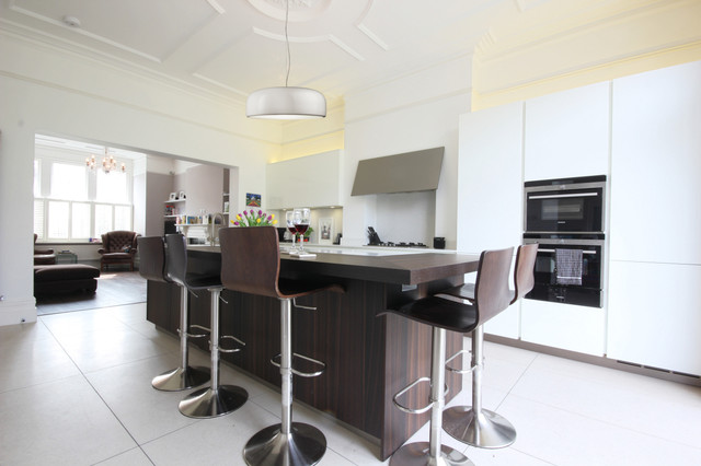 Contemporary kitchen in London.