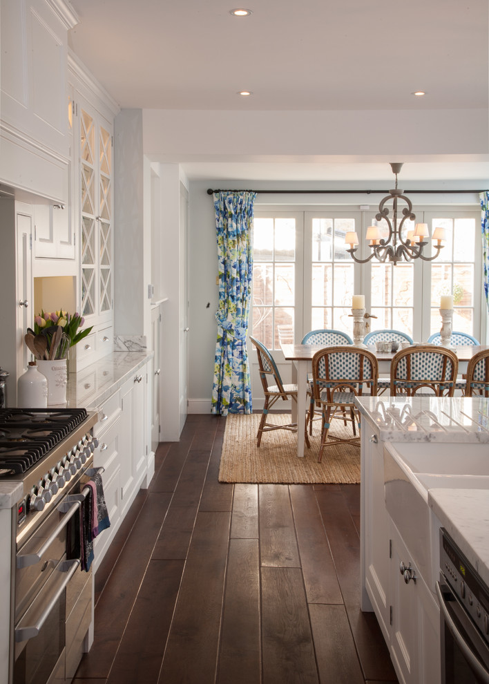 Example of a large transitional kitchen design in London