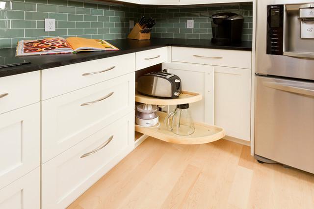 Lone Oak Addition traditional-kitchen