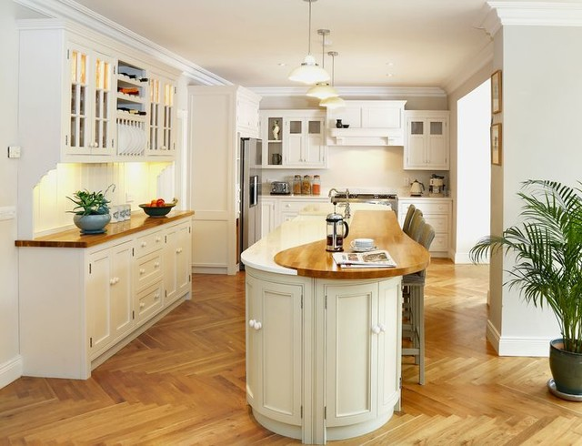Long Curved Island Kitchen