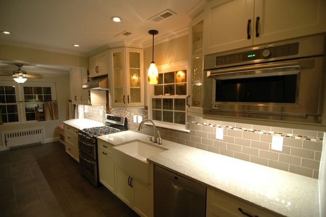Long Island Kitchen traditional-kitchen
